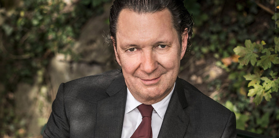 (C) Alberto Venzago